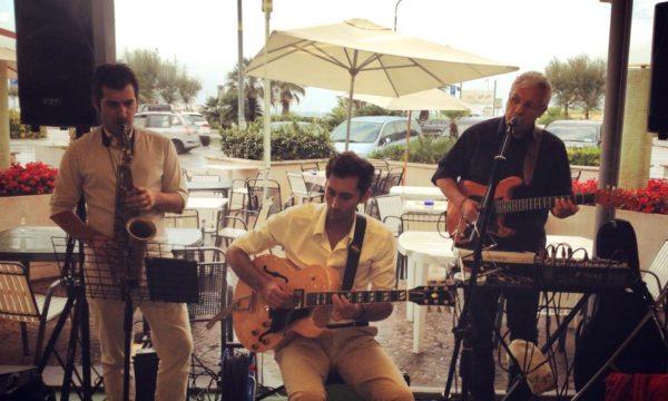 Live concert trio summer 2013 Davide Galanti guitar Matteo Villa sax